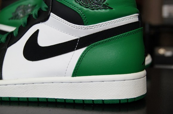 First-Impression-Air-Jordan-I-1-Retro-High-