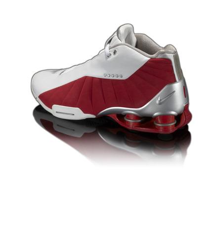 20-Nike-Basketball-Designs-that-Changed-the-Game-Nike-Shox-BB4-5
