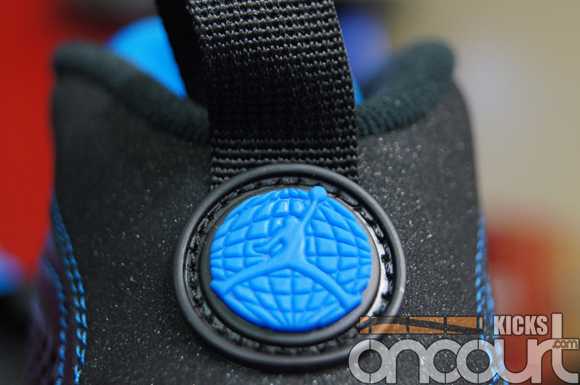 Air-Jordan-IX-(9)-Retro-Black-White-Photo-Blue-Detailed-Images-7