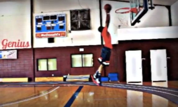 Nike-Zoom-Hyperfuse-2012-On-Court-Performance-Test-with-KickGenius