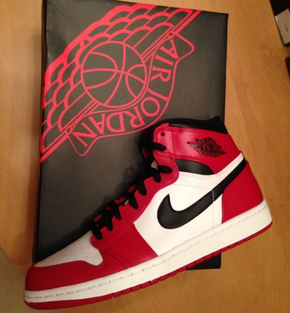 new arrival ad621 7858f Air Jordan I (1) Retro 'Chicago Home' - Available for Pre ...