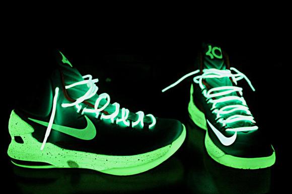 Nike KD V (5) iD 'Miami Dolphins' Glow in the Dark ...
