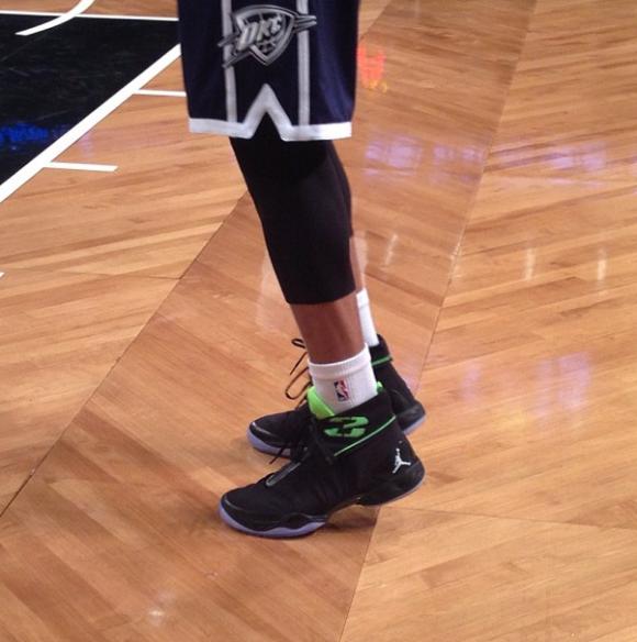 Russell Westbrook wears the Air Jordan XX8 (28) On-Court ...