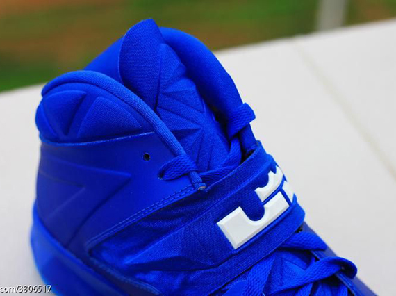 4bb10f7f2e8a ... Nike-Zoom-Soldier-7-(VII)-Game-Royal- ...