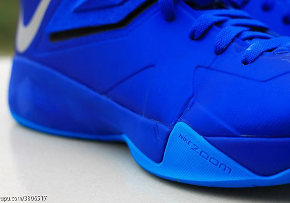 Nike-Zoom-Soldier-7-(VII)-Game-Royal-Blue-Glow-6
