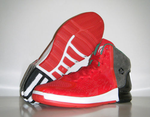adidas Rose 4 'Christmas' Sample 8