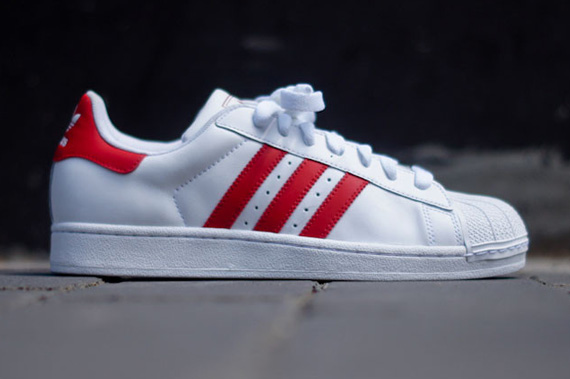 adidas originals superstar ii red