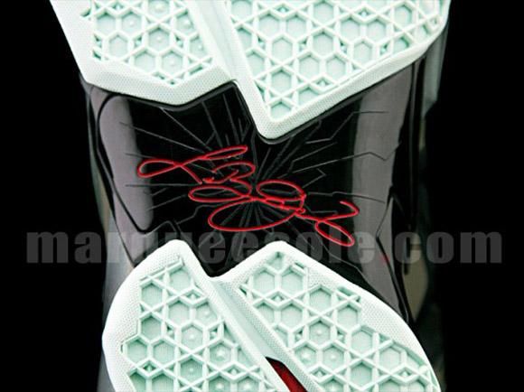 Nike LeBron XI - Up Close & Personal 12