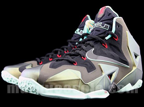 Nike LeBron XI - Up Close & Personal 3
