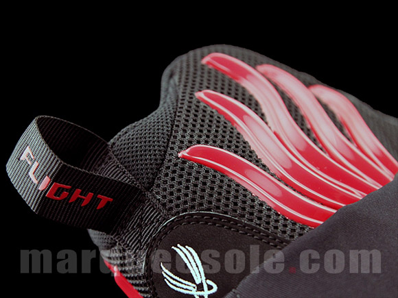 Nike Zoom Flight 98 'The Glove' Black White - Red - Detailed Look 6