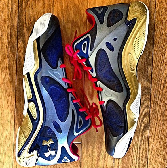 Under Armour Anatomix Spawn Low Gold