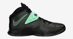 Nike Zoom Soldier VII Black/ Green Glow – Available Now