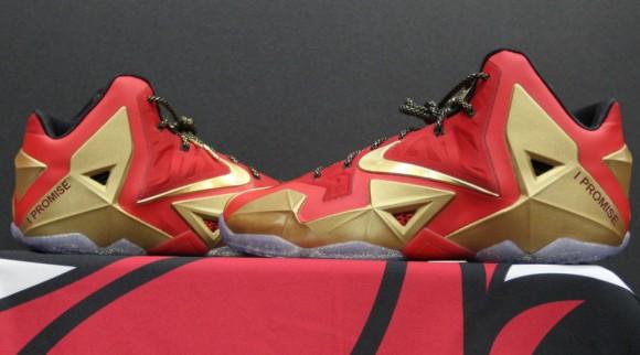 Nike LeBron XI (11) 'Championship' PE 1