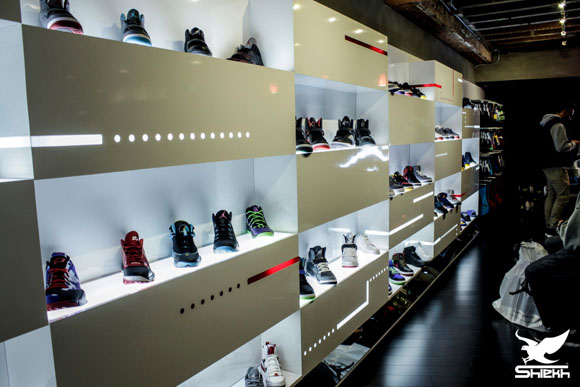 Air jordan shop at shiekh shoes now open to the public for Nike jordan shop