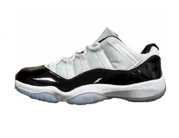 Air Jordan 11 Low 'Concord' - Available