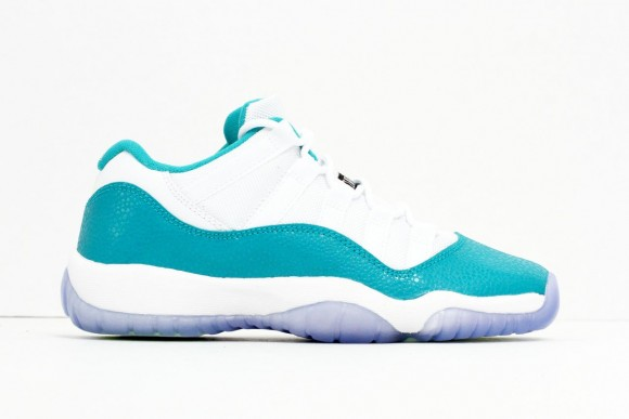 huge discount 4831d 8e7f4 FLUnlockedGirlsGSAirJordan11RetroLowTurboGreen03 Air Jordan 11 Retro Low GS Turbo  Green-5 AirJordan11TurboGreenblog ...
