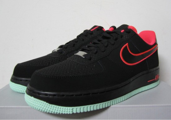 nike air force 1 low black and green