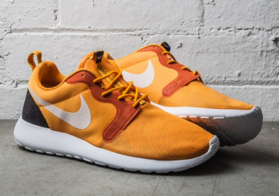 "Nike Roshe Run Hyperfuse ""Kumquat"" 1"