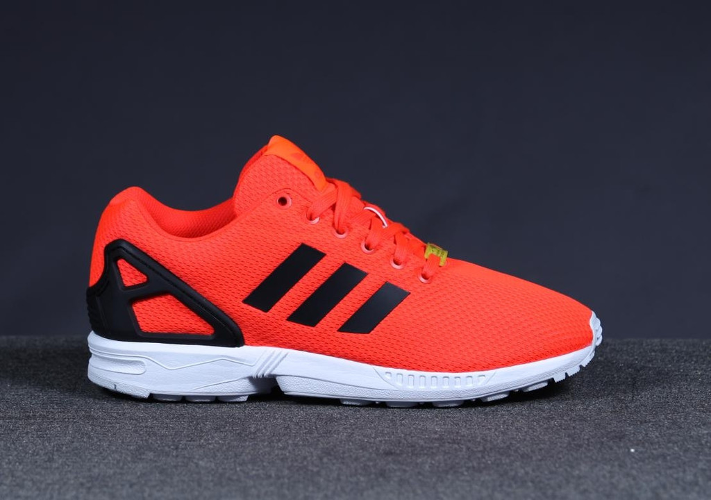 adidas zx flux solar red available now weartesters. Black Bedroom Furniture Sets. Home Design Ideas