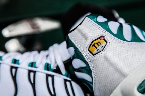 new air max at foot locker
