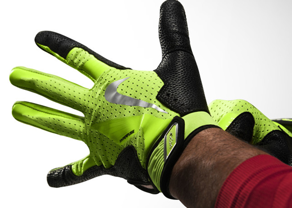 Nike Baseball Unveils New Vapor Collection 16 NIKE VAPOR ELITE PRO BATTING  GLOVE