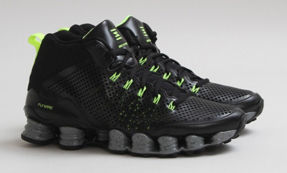 best website 5a69d f94af Nike Shox TLX Mid SP Black/Volt: Release Reminder - WearTesters