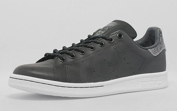 adidas originals stan smith 39 reflective 39 weartesters. Black Bedroom Furniture Sets. Home Design Ideas