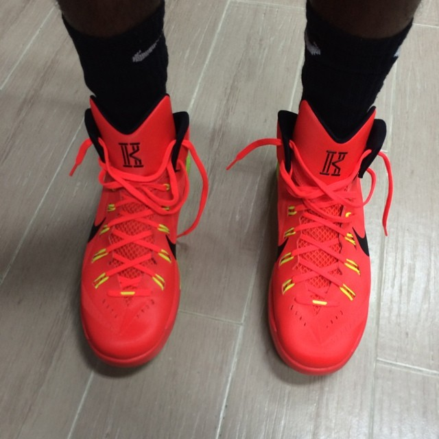 kyrie irving shoes high tops