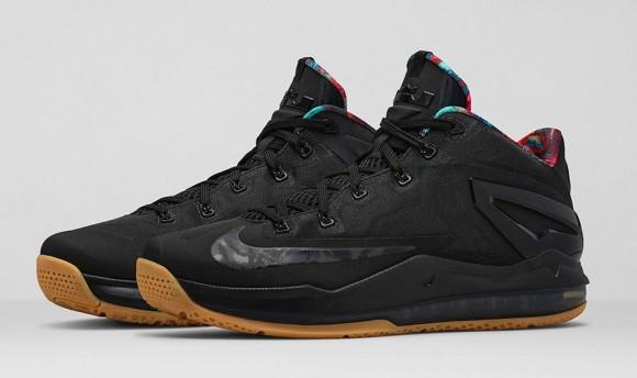 Nike Lebron 11 Low BlackBlack Hyper Crimson Hyper Cobalt