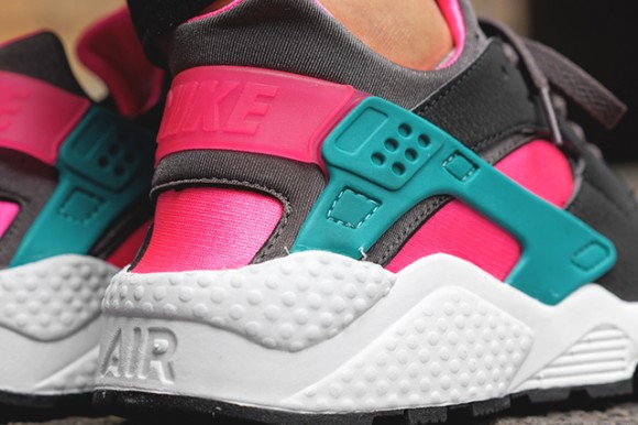 info for c1603 74092 Nike Air Huarache