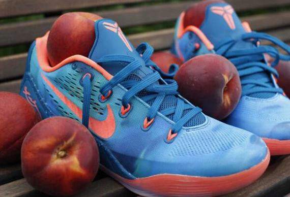Nike Kobe 9 EM 'EYBL Peach Jam