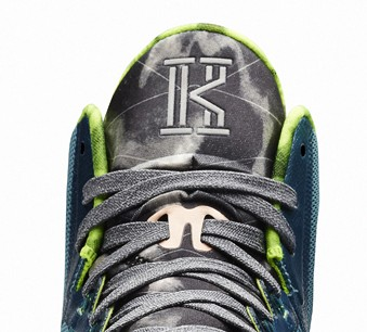 key performance; when did kyrie irving sign with nike