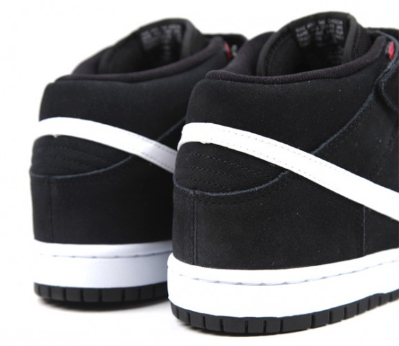 95c0232b449247 ... purchase nike sb dunk mid black white gym red afcee 287e1