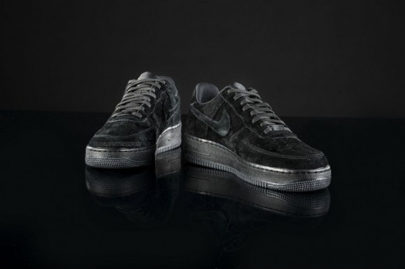 Nike Air Force 1 Triple Bas En Daim Noir