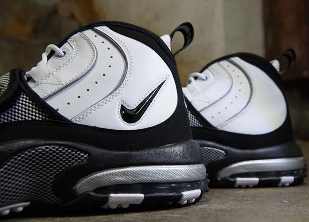 e98ff46fc91 ... Nike-Air-Max-Pro-Streak-White-Black-Silver- ...