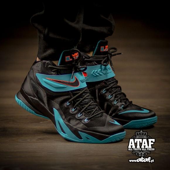 buy online fe62f d15b7 Nike Zoom Soldier 8 'Dusty Cactus' - WearTesters
