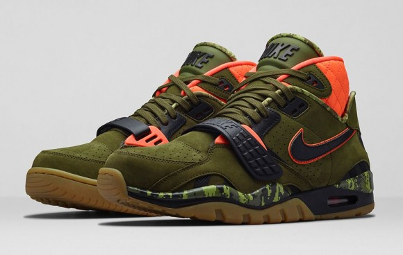 Nike Air Trainer SC II 'Bo's Bow and Arrow' - Available Now