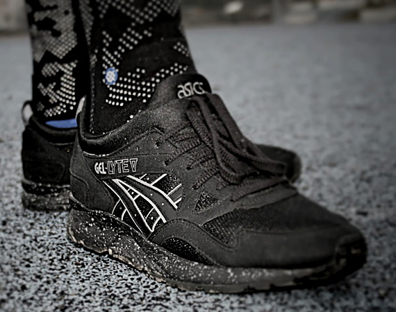 asics gel lyte v black white speckle