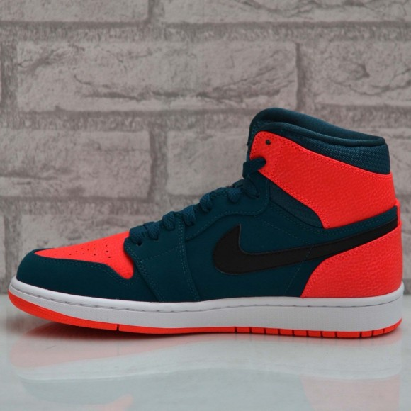 Air Jordan 1 Retro High 'Russell Westbrook' – Another Look4