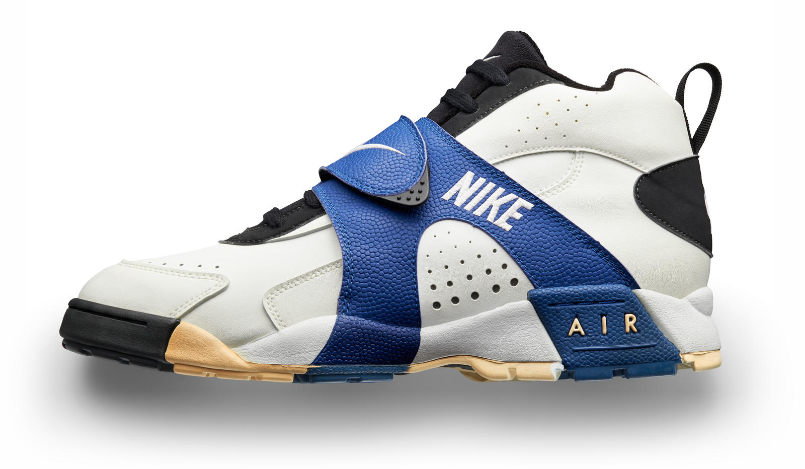 Nike Football Illustrated: A Timeline of Game-Changing ... - photo#40