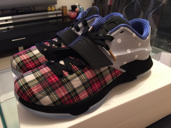 super popular 0fcd7 bfe24 ... Nike KD 7 EXT CNVS QS – First Look