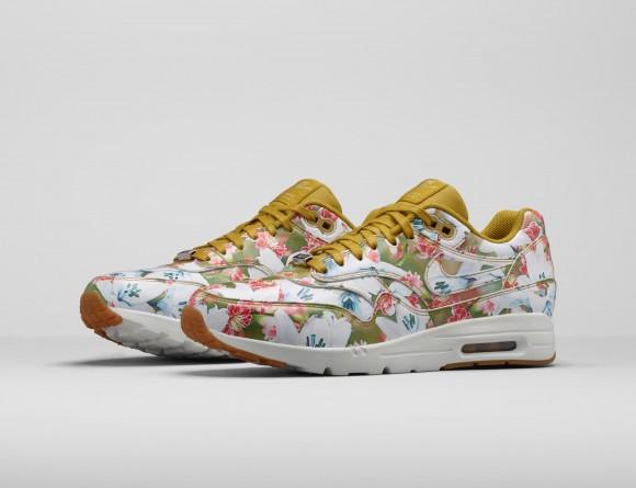 Nike Air Max 1 Ultra 'In Bloom'