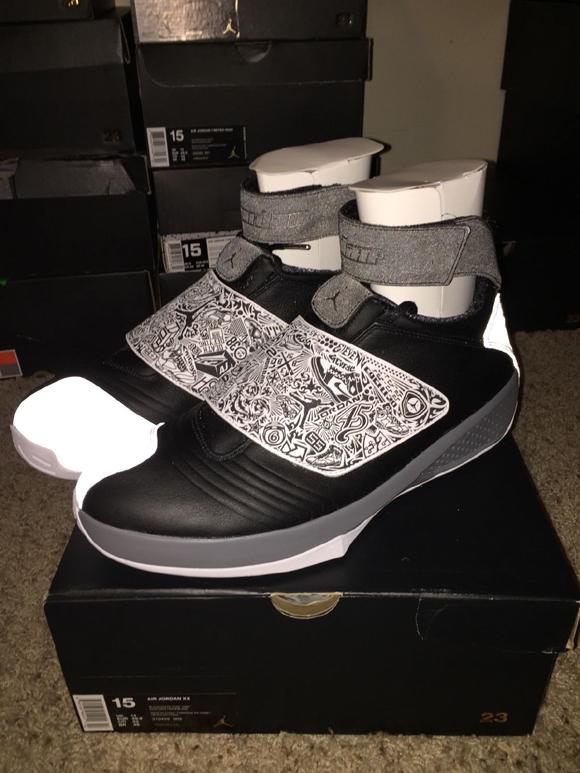 Air Jordan XX (20) Retro Black White - Cool Grey 1