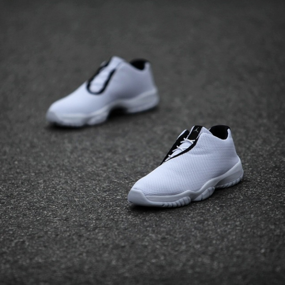 Jordan Future Low White: Black  3