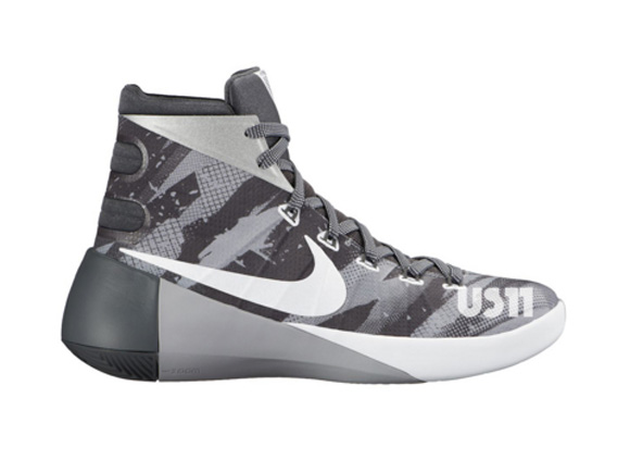 nike hyperdunk 2012 black and white low