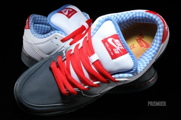 finest selection 1ce6b 73c84 Nike SB Dunk Low 'Wizard of Oz' - Now Available - WearTesters