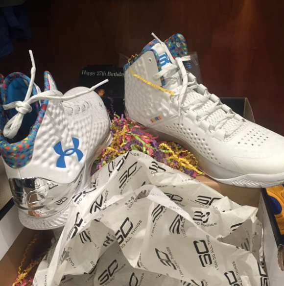 Steph Curry Shows off His Birthday PE of the Under