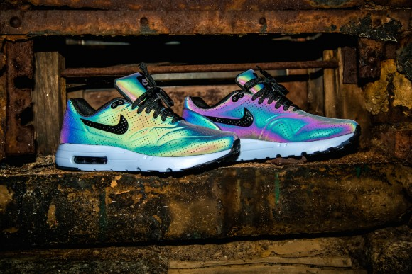 premium selection 8e670 9fa23 ... nike air max 1 ultra moire iridescent pack ...