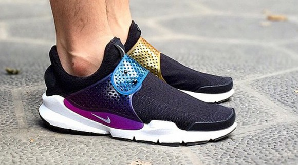 the latest da778 4b788 ... Angled Front Perspective. Nike Sock Dart Se Premium To Or Not In Mar  2019. Nike Sock Dart Review. Nike Sock Dart Review Fine Shoes