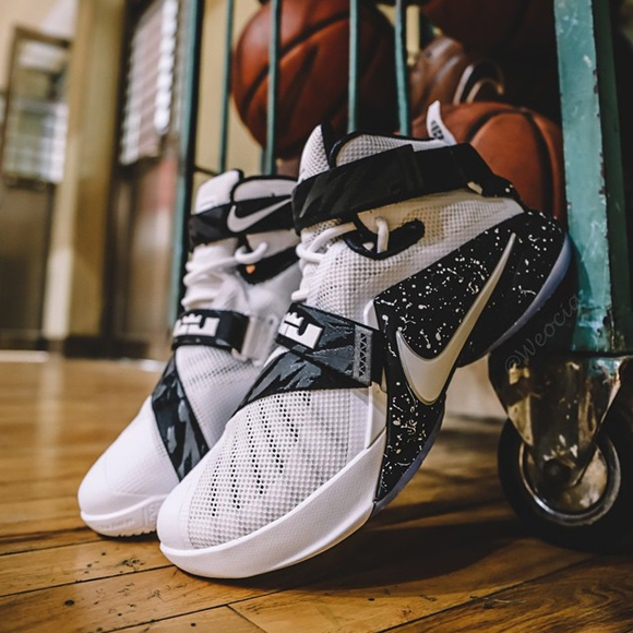 timeless design c65b4 3f217 Another Look at The White Black Nike Zoom Soldier 9 1 ...